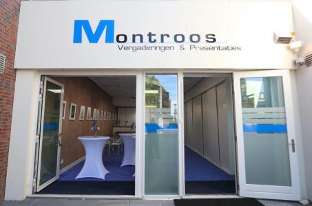 De entree van Montroos Vergaderingen